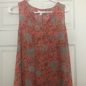 Small flowy maternity top